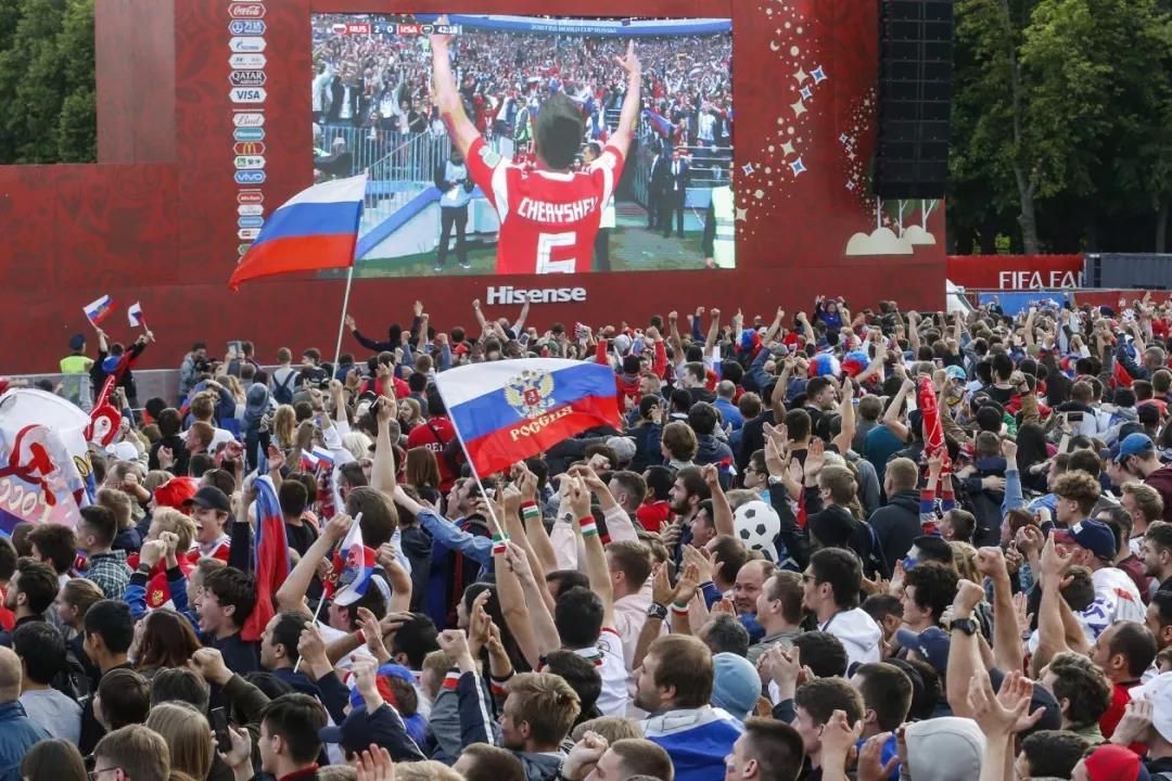 战斗民族俄罗斯掩盖在足球盛宴下的政治阴谋
