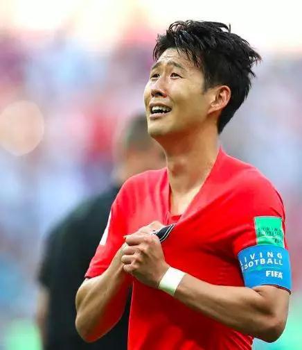 大兵孙兴慜为韩夺冠,亚奥得奖将全免兵役!